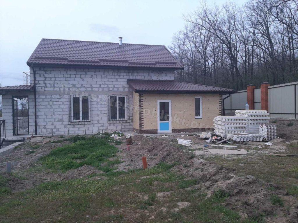 Диброво. Днепропетровская область. Термопанель с фасадной плиткой Церрад песочная (фасад) и браз (углы) 8