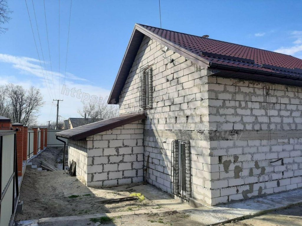 Диброво. Днепропетровская область. Термопанель с фасадной плиткой Церрад песочная (фасад) и браз (углы) 10