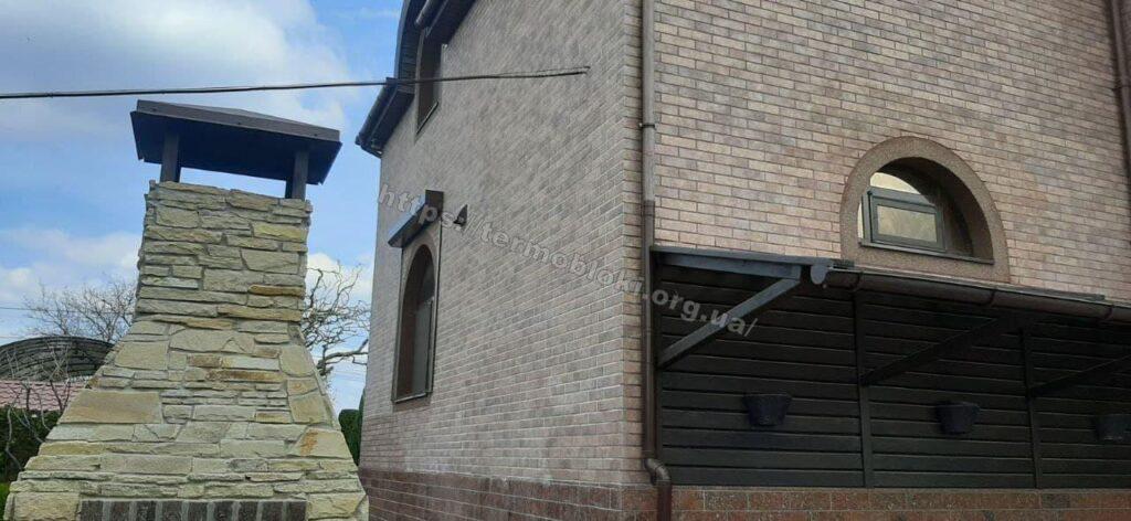 Дніпро. Підгороднє. Термопанель Термодом з керамогранитною фасадною плиткою бейкер стріт бежевий 9